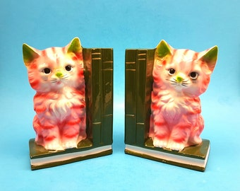 Vintage Pink Cat Bookends, Very Cute and Kitschy