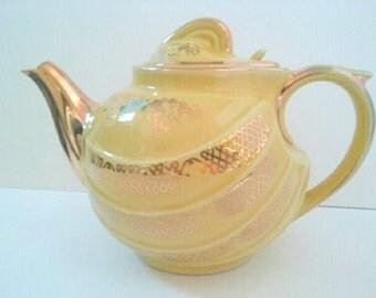 Beautiful Vintage Mid Century Hall Teapot, 1950s, Mid Century Tea Pot, Yellow Gold Hall Teapot, Vintage Hall Teapot.