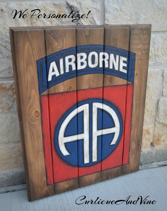Airborne-82nd-Army-Pallet Board-Military-Soldier-Wall Art-Rustic Barnwood Decor-Man Cave-Flags-Shabby-Reclaimed Wood-Hand Painted