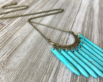 Turquoise Spike Pendant Necklace // Howlite Stone Necklace //Long Necklace // Natural Stone Necklace // Boho Necklace // Tribal Necklace