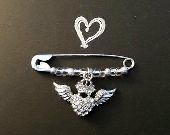 Heart Safety Pin //Rhinestone Heart Safety Pin// Safety Pin Jewelry//Safety Pin Brooch//Solidarity pin//Beaded Heart Safety Pin//Heart Charm