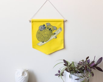 Wall banner 2 colors, koala mother, yellow, wall decoration, decoration, gift, baby gift, animal lover, deco