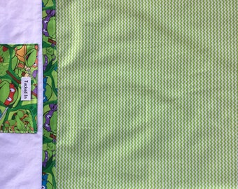 Pillowcase with pocket in Green and white strips with Ninja Turtle