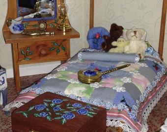 Appliqued Patchwork Quilt for your Dollhouse  1:12 OOAK