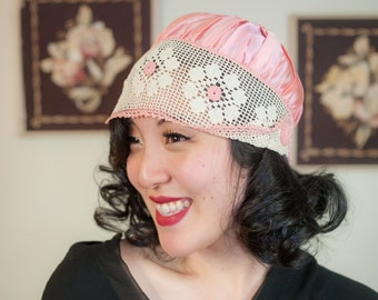 Vintage 1920s Hat - Pretty Glossy Pink Satin 20s Hat with Ivory Crochet Lace