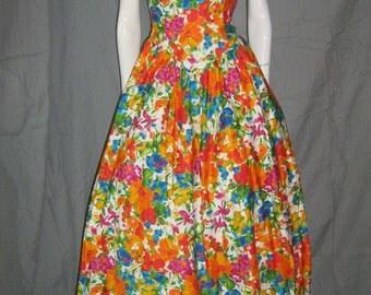 1980's Floral Halter Dress Sundress Full Skirt Sweetheart Bust 50s Style Garden Party Rockabilly Vlv