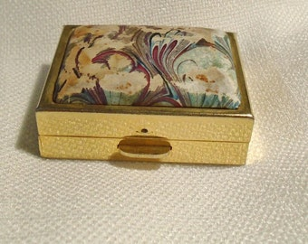 Little box for pills.