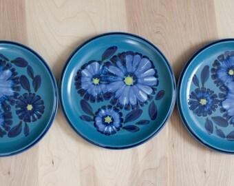 "Noritake Folkstone 10"" Dinner Plates - Set of 3 Folkstone Twilight Pattern Vintage Blue Floral Japanese Stoneware Ceramic Dinner Plates"
