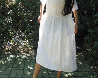 699---Women's Linen Tunic / Dress, with Chinese Knotted buttons, Low Waist, Made to Order.