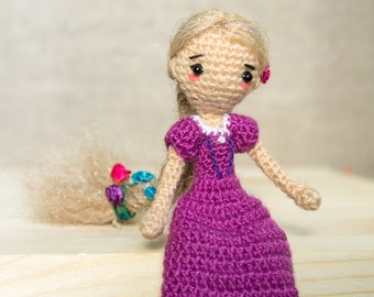 Knitted doll, small articulated doll, articulated doll with a pet, doll with a long hair, rapunzel, amigurumi doll