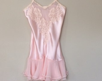 Pale Pink XS Nightgown Victoria's Secret Chemise Lace Chiffon Vintage Babydoll