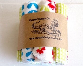 Cloth wipes- cloth baby wipes- baby washcloths- baby girl washcloths - baby shower gift- reusable wipes- baby bath accessory- flannel wipes
