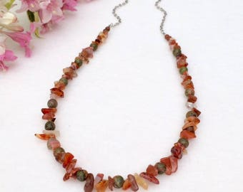 Agate Chip Stone Necklace Beaded Orange Red Agate Necklace Stone Bead Necklace Colorful Gemstone Beaded Boho Necklace Summer Necklace Gift