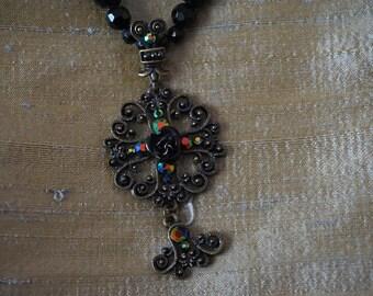 Necklace style medieval fantasy dark, black rose