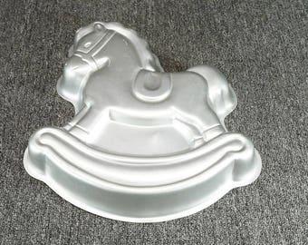 """Wilton 2105-2388 Metal 13 1/2"""" Rocking Horse Cake Pan/Wall Art C. 1984"""