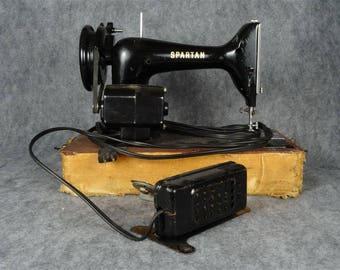 Vintage Spartan Model Singer Sewing Machine In Case C 1960'S