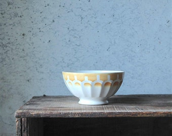 Vintage French cafe au lait bowl - yellow