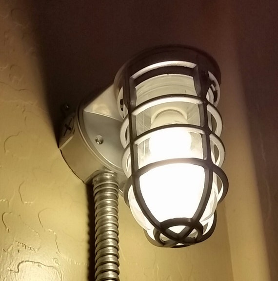 industrial wall light sconce or wall mounted lamp with plug. Black Bedroom Furniture Sets. Home Design Ideas