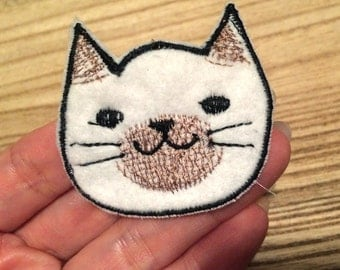 Cat Applique [White point]  Embroidered Patch