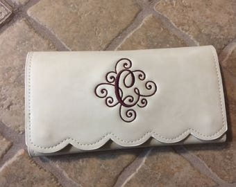 Personalized Monogrammed Faux leather scalloped wallet, GIFT for her