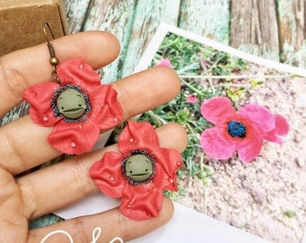 Lightweight earrings with red poppies. Light pendant Earrings with red poppy