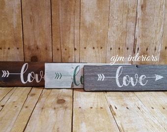 Love arrow sign, love sign, arrow sign, rustic arrow sign, rustic love sign, wedding sign, Valentines sign, valentines day, arrow love