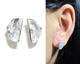 Clip-on Cubic Zircon Rhinestone clip on earring 12J Bisected Crystal Clip on earring Wedding clip on earring bridal clip on stud earring