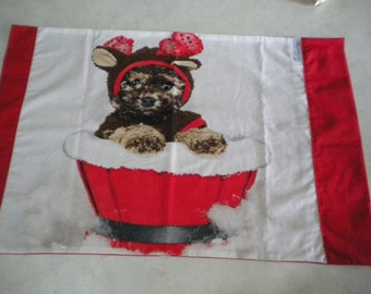 Christmas pillow case. 70 cm x 47 cm. Puppy in tub. Cotton fabric, Fully washable. Pretty and practical Christmas gift