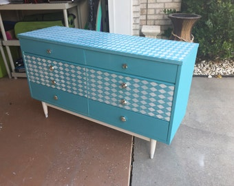 Dresser,bedroom furniture,aqua dresser,solid wood dresser,girl dresser,refurbish dresser,painted dresser,painted furniture,design furniture,