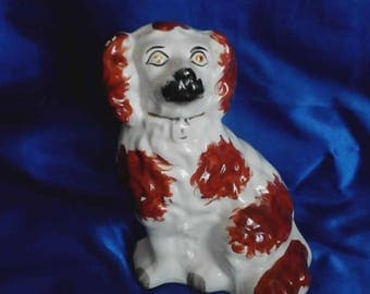 Victorian Wally Dog Mantle Dog