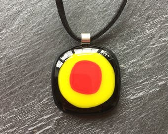 Black pendant, red pendant, yellow pendant, chunky pendant, bright pendant, casual pendant, glass pendant
