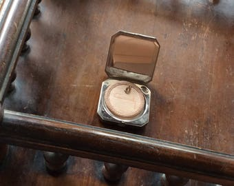 Coty mirrored powder compact