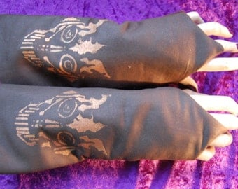 Steampunk arm warmers sleeves flaming scull design. Lace up.