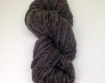 Dark Grey Jacob Handspun British Wool Aran Weight Yarn Hank Skein