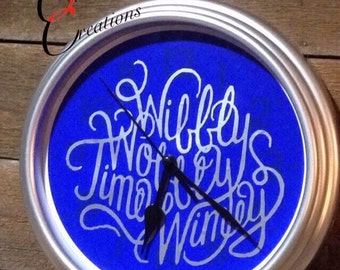 Wibbly Wobbly Timey Wimey, clock