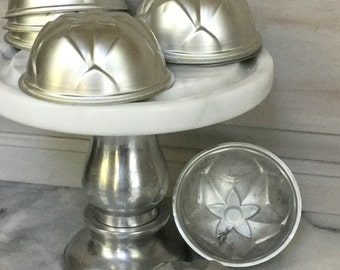 Set of Six Vintage Baking Molds / Domed  Baking Molds /  Vintage Jello Molds / Vintage Aluminum Molds