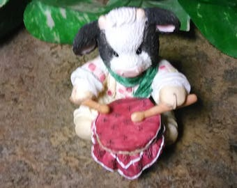 Vintage Mary's Moo Moos Little Drummer Boy  (C) 1994 Enesco Designed by Mary Rhyner Collectible Moo Moos Cow Figurine