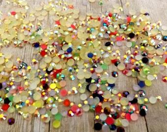 200pcs  2mm / Resin Beads Glitter Flat Back Buttons Cabochons Craft Decoden