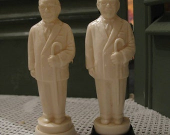 Vintage salt and pepper shakers colonel sanders (p f k) of the 1970s