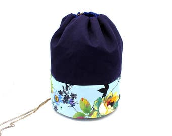 Pouch in cotton fabric and Navy Blue pale blue with flowers