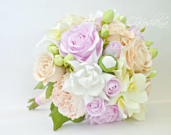 lilac and peach bouquet peach rose bouquet garden rose bouquet peach garden rose