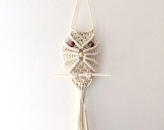 Macrame Owl Wall Hanging | Jungalow Style | Macrame Wall Hanging | Macrame Owl | Vintage Wall Decor | Owl Decor | Bohemian Home Decor