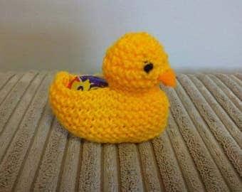Knitted chick, creme egg holder, knitted decoration, Easter decoration, Easter egg holder