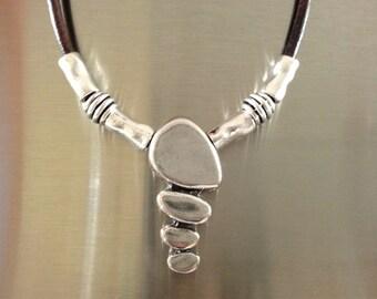 Leather Necklace, Pendant Boho Necklace, Beads Silver Necklace Uno de 50 Style Tribal Necklace, Women Necklace