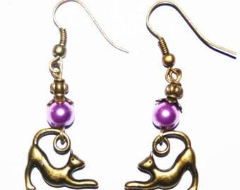 Metal earring bronze the cat