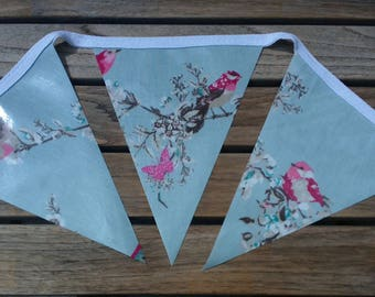 Beautiful Birds Outdoor Bunting, Waterproof Bunting, Garden Bunting, Wipe Clean Bunting, Oilcloth Bunting, 2.5 metre, 9 Flags, Bird Bunting