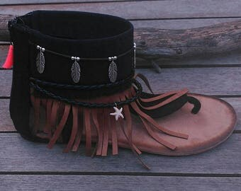 Sandals Brown fringe and feather