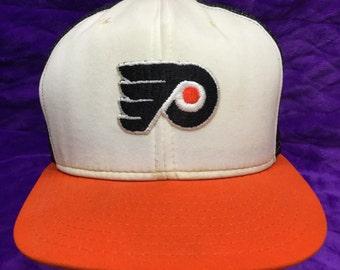 PHILADELPHIA FLYERS trucker hockey hat/cap • made in USA •