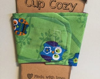 Cup Cozy Green with Owls