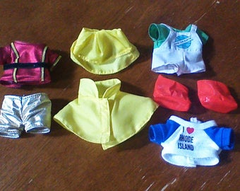 """Lot of Vintage Russ Troll Doll Clothes for 5"""", 6"""" Trolls Dresses, Shirts, Costumes and more!"""